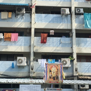 towels in sun apartments
